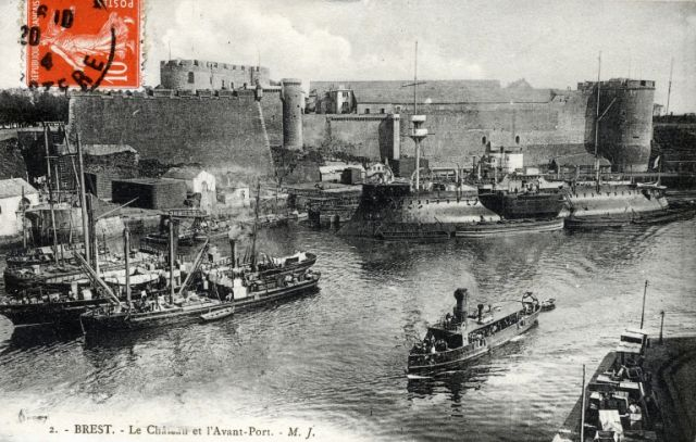 [Ports] LE VIEUX BREST - Page 10 18.211