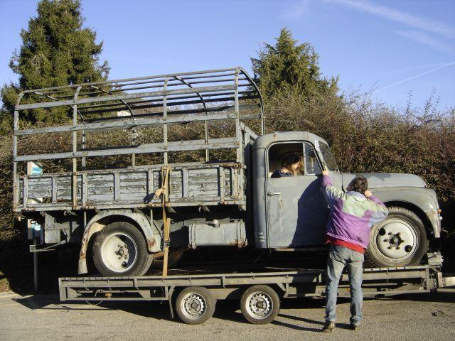 Transport d'un U23 sur remorque plateau 07.31