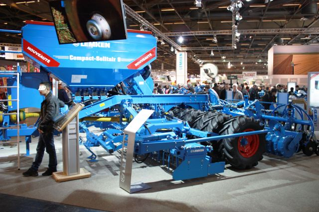 B salon international de la machine agricole b for Salon de la machine agricole