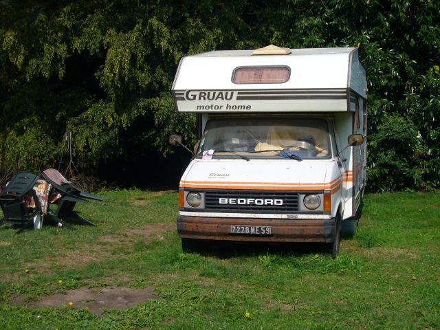 camping car gruau bedford. Black Bedroom Furniture Sets. Home Design Ideas