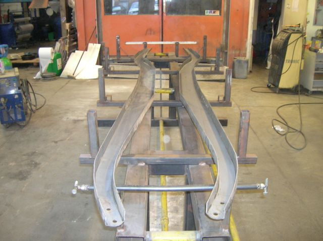 assemblage et fabrication d un châssis de Ford 32 roadster  14.393