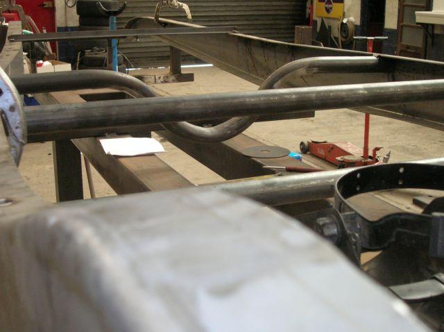 assemblage et fabrication d un châssis de Ford 32 roadster  14.398