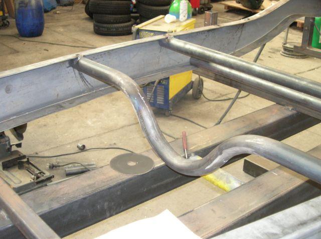 assemblage et fabrication d un châssis de Ford 32 roadster  14.419