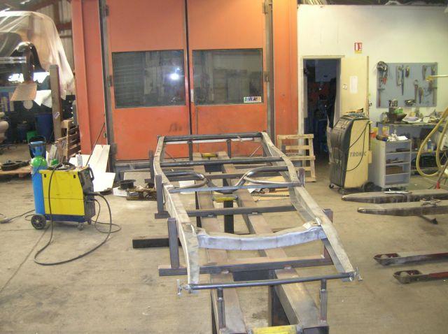 assemblage et fabrication d un châssis de Ford 32 roadster  15.1