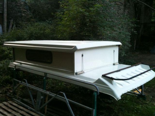 renseignement sur toit rigide. Black Bedroom Furniture Sets. Home Design Ideas