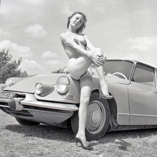 Miss and cars page 33 for Moquette voiture ancienne