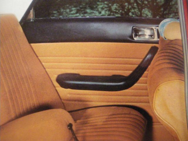 Interieur cuir noir apres 1969 portes type 504 for Interieur 404