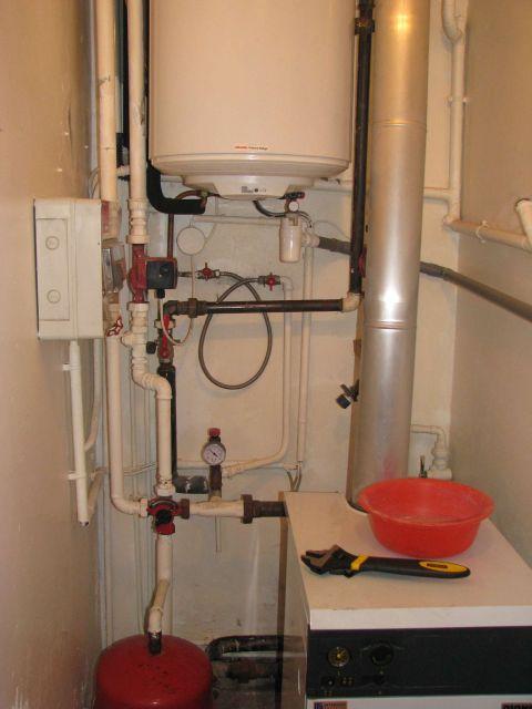 Vidanger son syst me de chauffage pour d monter un radiateur - Robinet de vidange pour radiateur ...