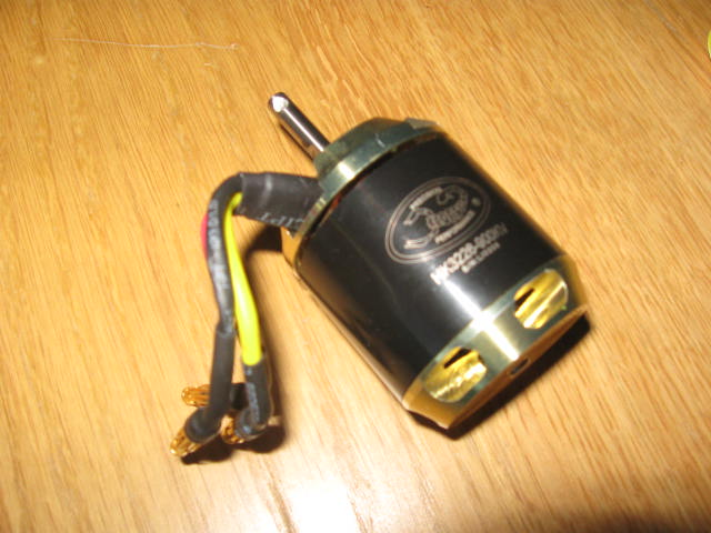 Vends Scorpion HK3226 - 900 Kv 21.98