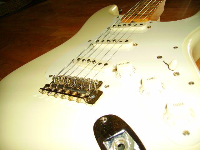 Fender Strat classic 50s 09.39