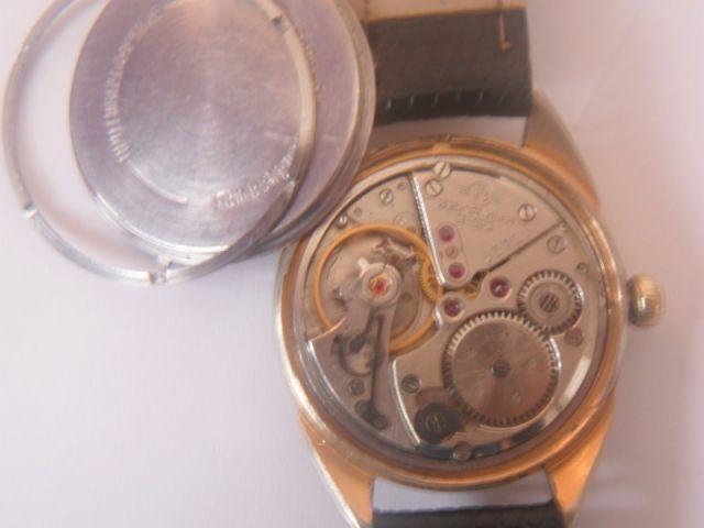 Une montre Volna 24.157
