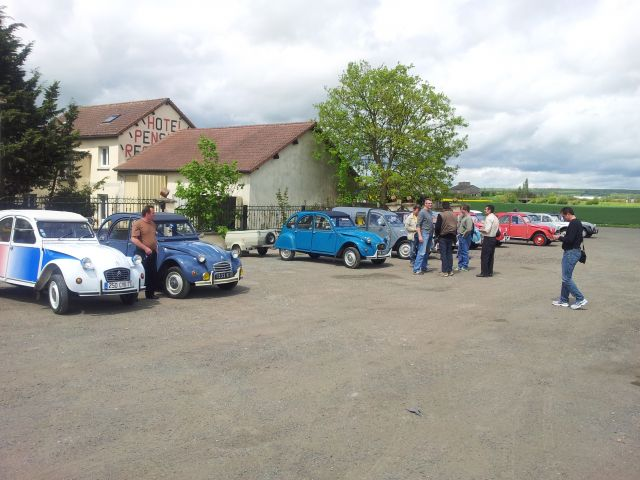 20ème Rencontre Nationale des 2cv Clubs de France à Lavaré (72) 9-12 mai 2013 10.12