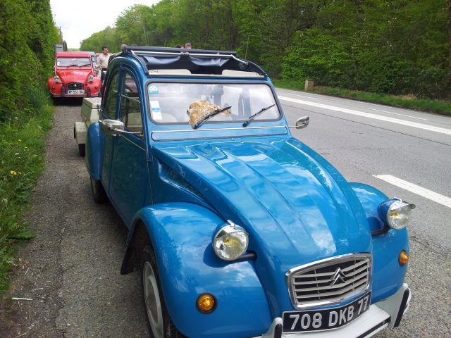 20ème Rencontre Nationale des 2cv Clubs de France à Lavaré (72) 9-12 mai 2013 10.17