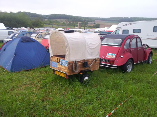 20ème Rencontre Nationale des 2cv Clubs de France à Lavaré (72) 9-12 mai 2013 14.173