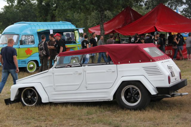 VW kustom & Volks Rod 16.77