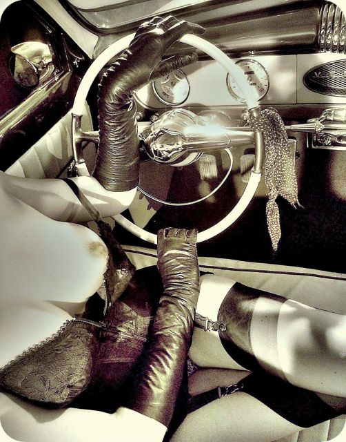 hot rod, custom and classic car babes - Page 6 30.17